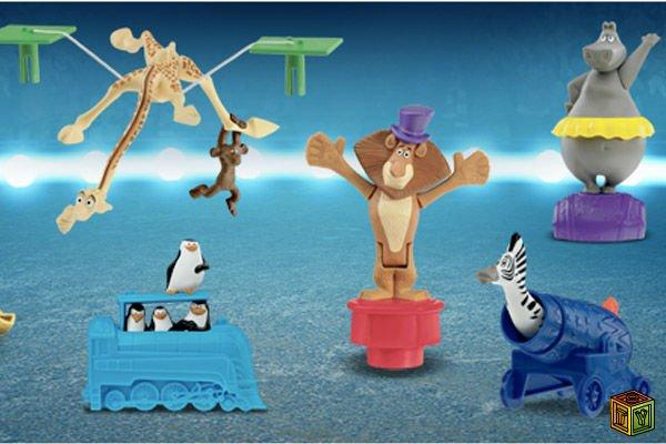 Так же имеется набор madagascar 3 figurines and